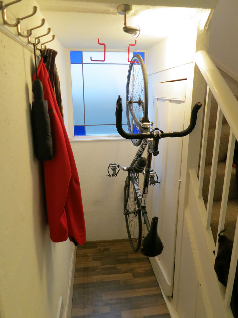 Как правильно хранить велосипед зимой.